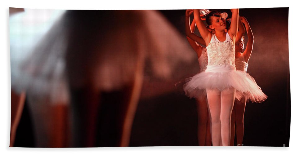 Ballet Beach Towel featuring the photograph Ballet Performance by Chen Leopold