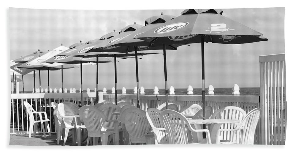 Black And White Beach Towel featuring the photograph Beer Unbrellas by Rob Hans