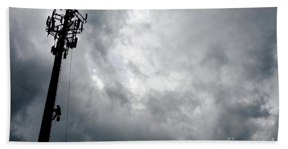 Cellular Tower Beach Towel featuring the photograph Communications Tower by Craig McCausland