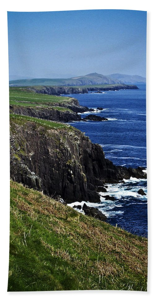 Irish Beach Sheet featuring the photograph Dingle Coastline Near Fahan Ireland by Teresa Mucha