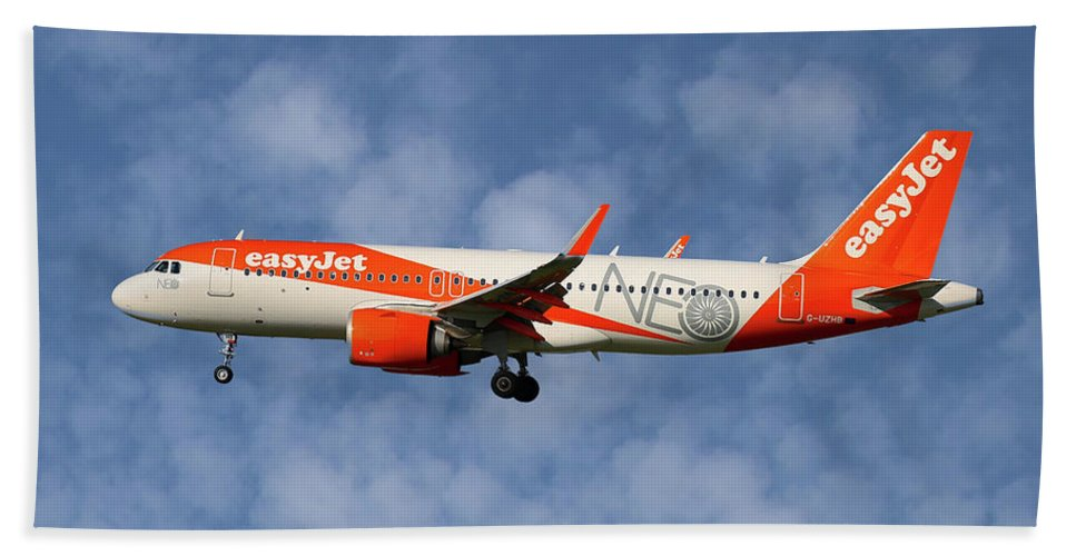 Easyjet Beach Sheet featuring the photograph Easyjet Airbus A320-251n 1 by Smart Aviation