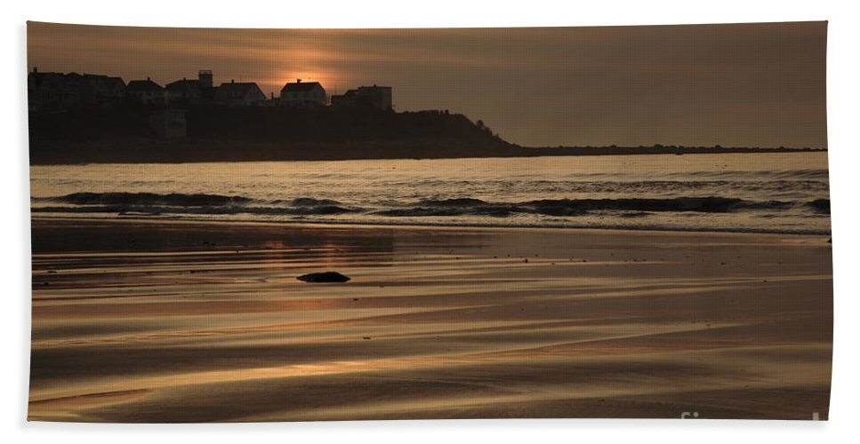 Atlantic Ocean Beach Towel featuring the photograph Hampton Beach New Hampshire Usa by Erin Paul Donovan
