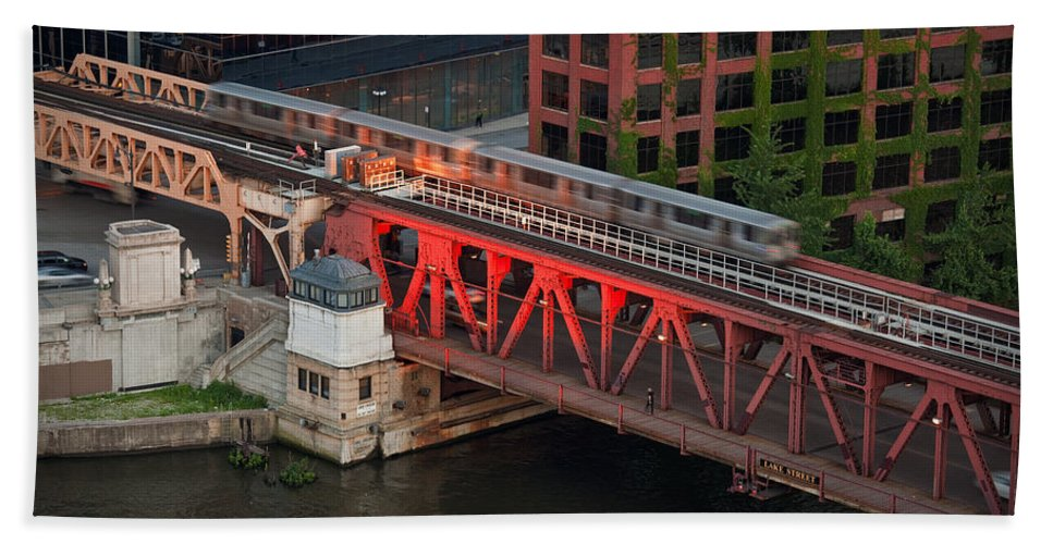 Chicago Beach Towel featuring the photograph Lake Street Crossing Chicago River by Steve Gadomski