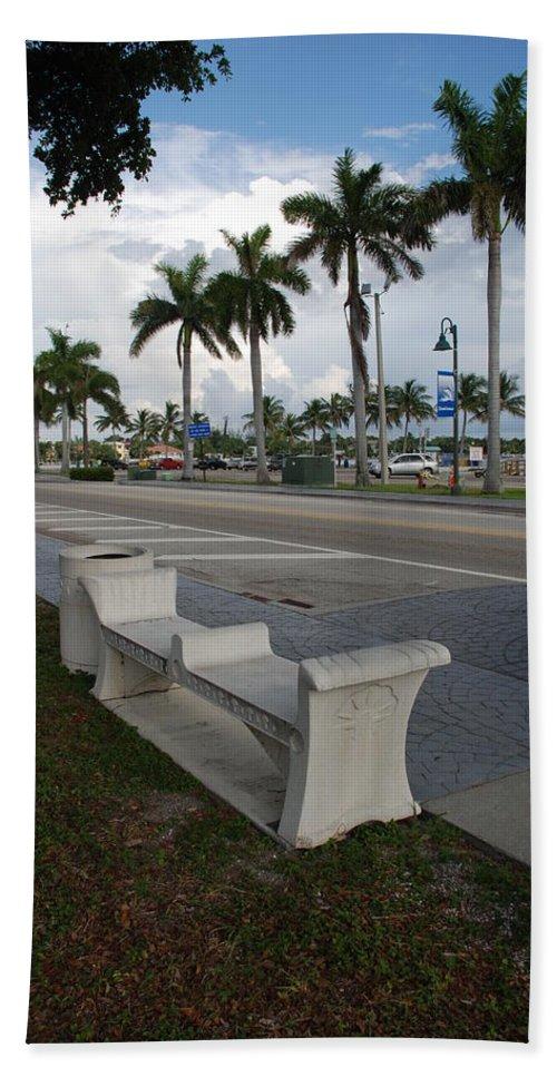 Blue Sky Beach Towel featuring the photograph Lantana by Rob Hans
