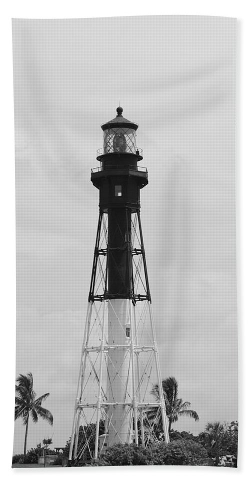 Landscape Beach Towel featuring the photograph Light House by Rob Hans