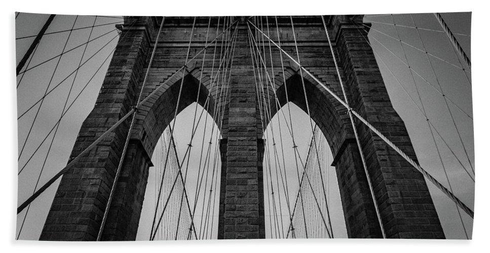 New York City Brooklyn Bridge Beach Towel featuring the photograph New York City - Brooklyn Bridge by Scott Moore