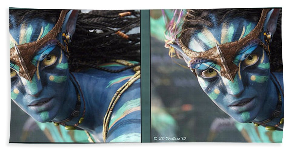 3d Beach Towel featuring the photograph Neytiri - Gently Cross Your Eyes And Focus On The Middle Image by Brian Wallace