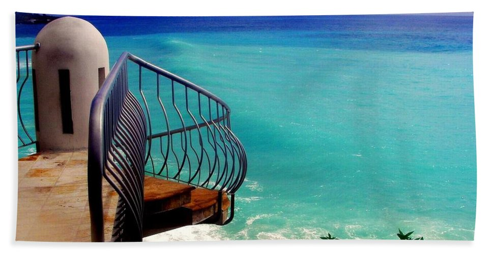 Seascapes Beach Towel featuring the photograph On The Edge by Karen Wiles