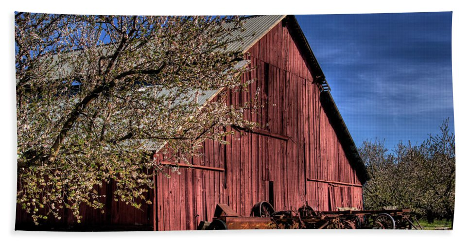 Barn Beach Towel featuring the photograph Red Barn by Jim And Emily Bush