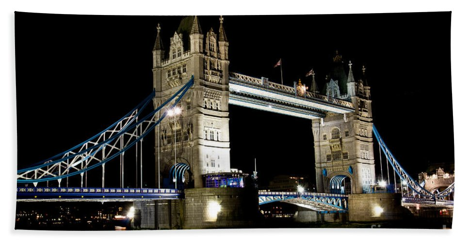 Thames Beach Towel featuring the photograph View Of The River Thames And Tower Bridge At Night by David Pyatt
