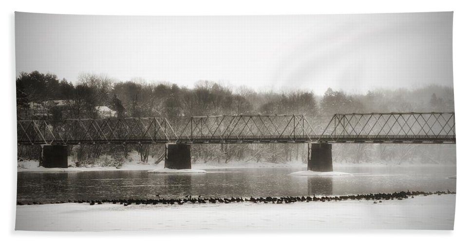 Washington's Crossing Beach Towel featuring the photograph Washingtons Crossing Bridge by Bill Cannon