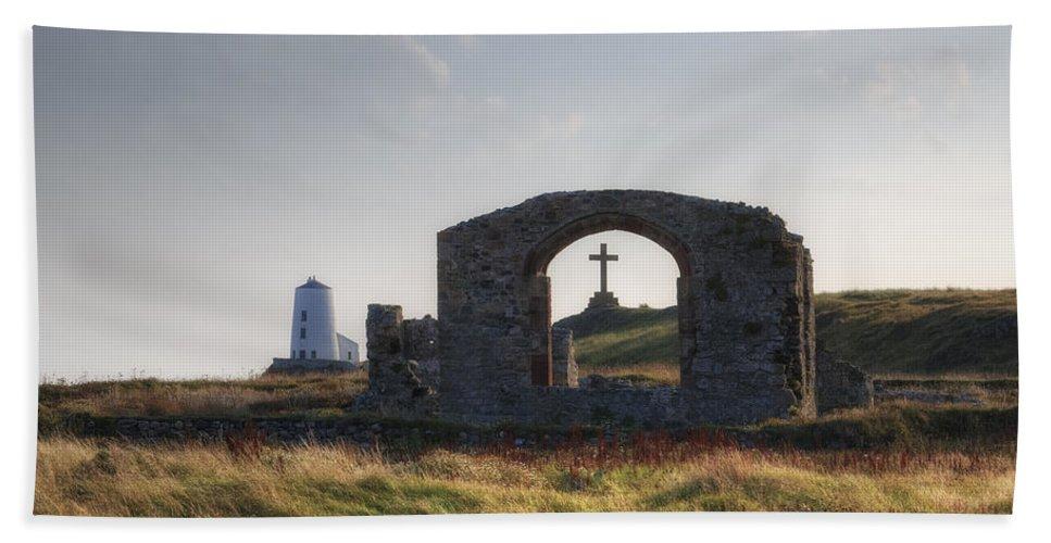 Ynys Llanddwyn Beach Towel featuring the photograph Ynys Llanddwyn - Wales by Joana Kruse