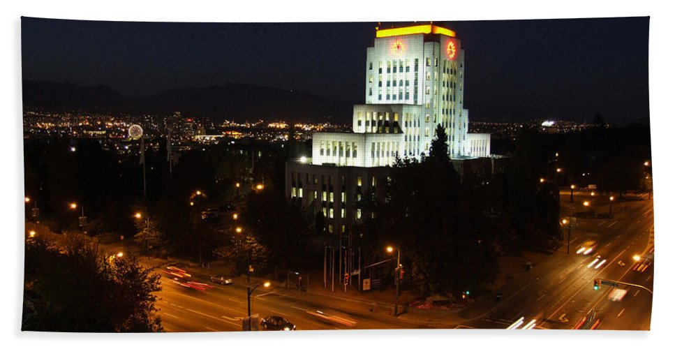 City Scene Beach Towel featuring the photograph 12th And Cambie 1 by Mark Alan Perry