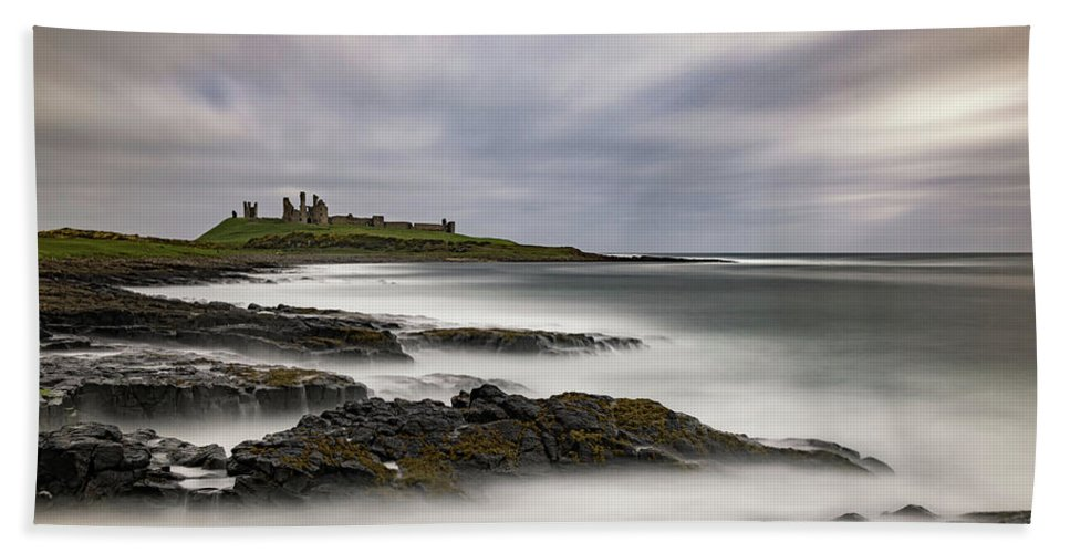 Dunstanburgh Beach Towel featuring the photograph Dunstanburgh Castle by David Pringle