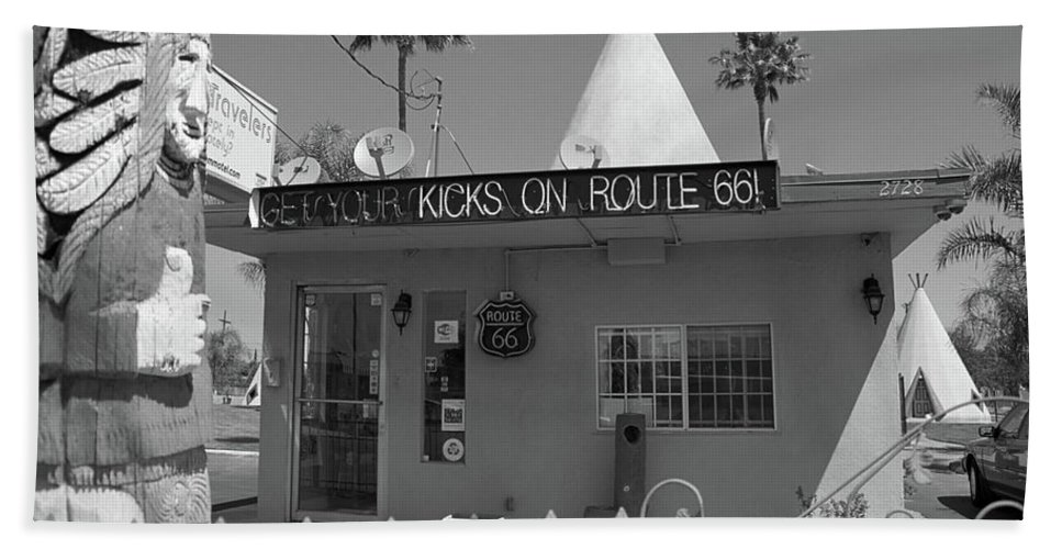 66 Beach Towel featuring the photograph Route 66 - Wigwam Motel by Frank Romeo