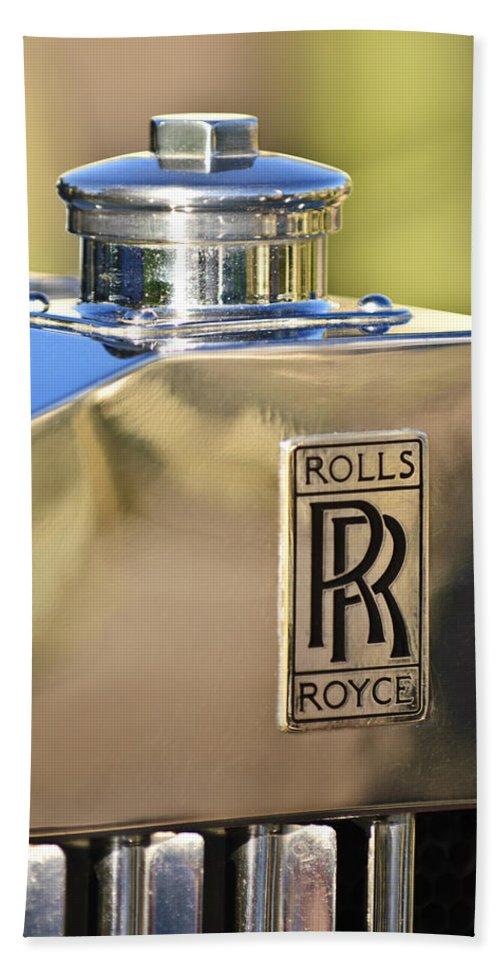 1935 Rolls-royce Phantom Ii Beach Towel featuring the photograph 1935 Rolls-royce Phantom II Hood Ornament by Jill Reger