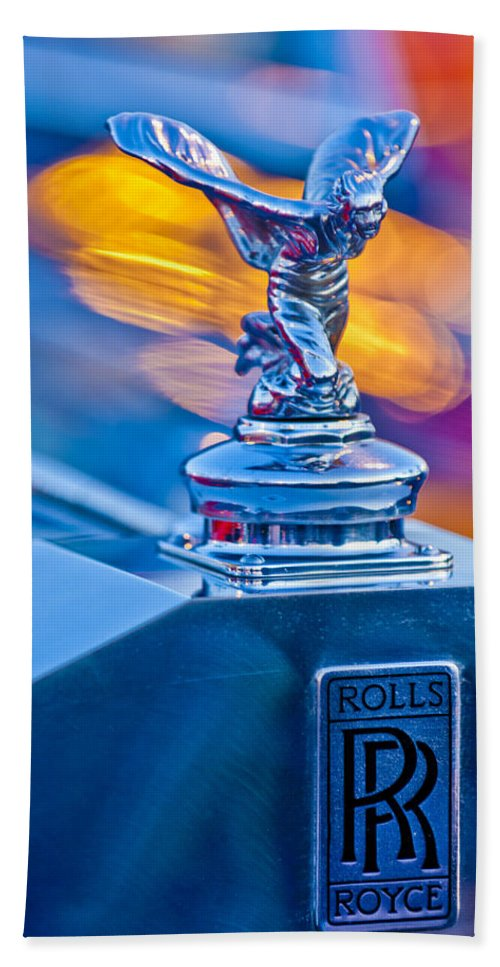 1952-1953 Rolls-royce Silver Wraith Beach Towel featuring the photograph 1952 Rolls-royce Silver Wraith Hood Ornament by Jill Reger