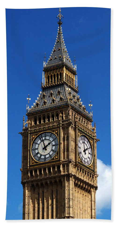 Big Ben Beach Towel featuring the photograph Palace Of Westminster by Chris Day