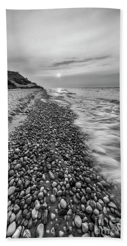 Lake Michigan Beach Towel featuring the photograph Glen Haven Shoreline by Twenty Two North Photography