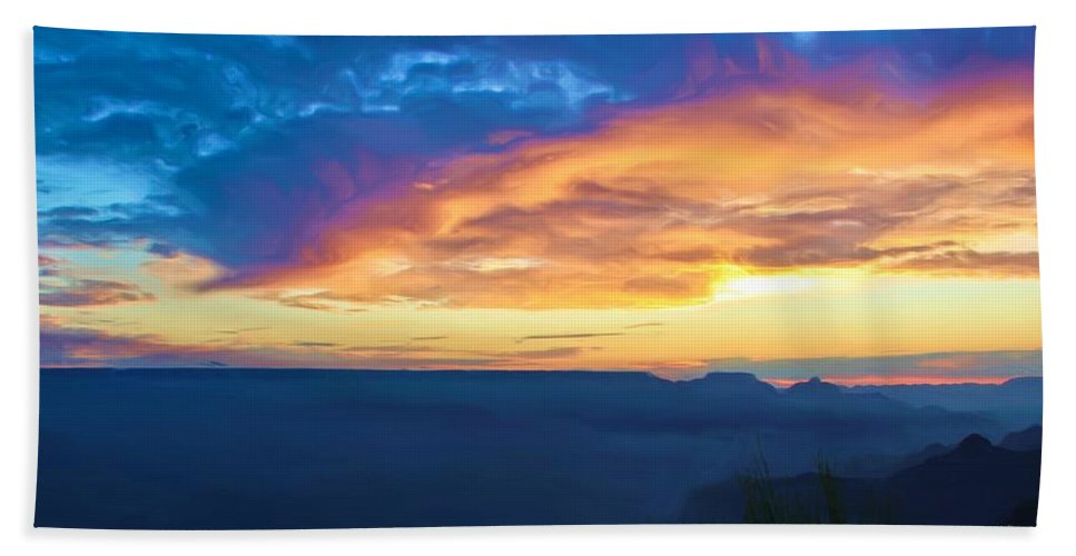 Grand Canyon Beach Towel featuring the photograph Here Comes The Sun by Heidi Smith
