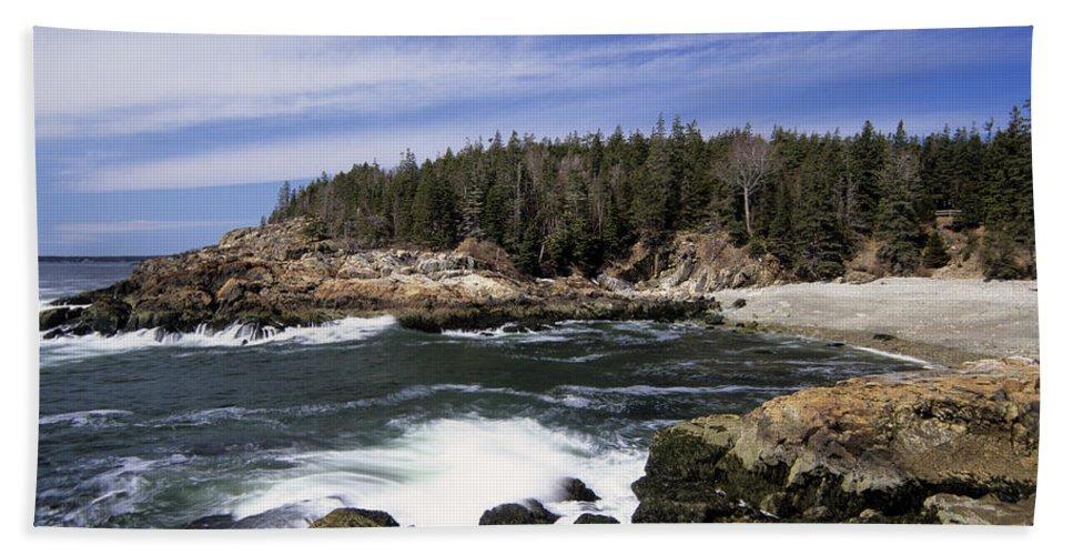 Atlantic Ocean Beach Towel featuring the photograph Acadia National Park - Maine Usa by Erin Paul Donovan
