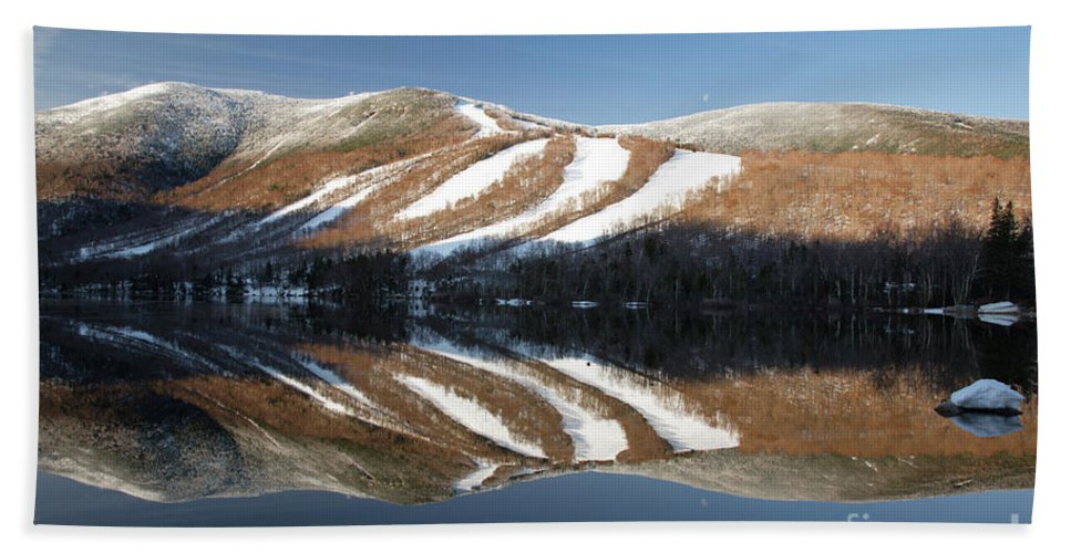 Franconia Notch State Park Beach Towel featuring the photograph Cannon Mountain - White Mountains New Hampshire Usa by Erin Paul Donovan