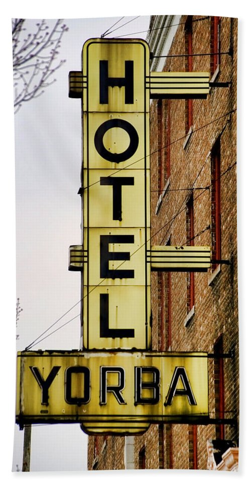 Hotel Yorba Beach Towel featuring the photograph Hotel Yorba by Gordon Dean II