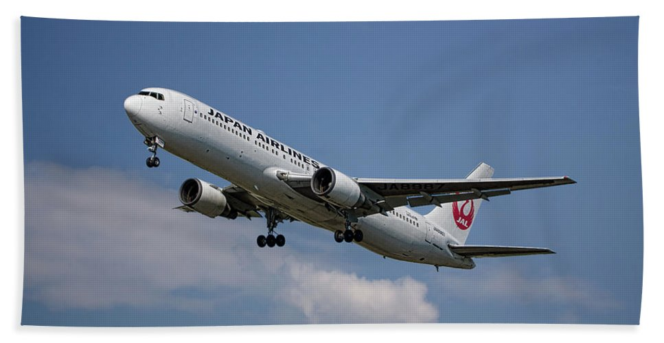 Japan Beach Towel featuring the mixed media Japan Airlines Boeing 767-346 by Smart Aviation