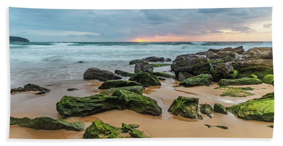 Killcare Beach Towel featuring the photograph Dawn Seascape by Merrillie Redden