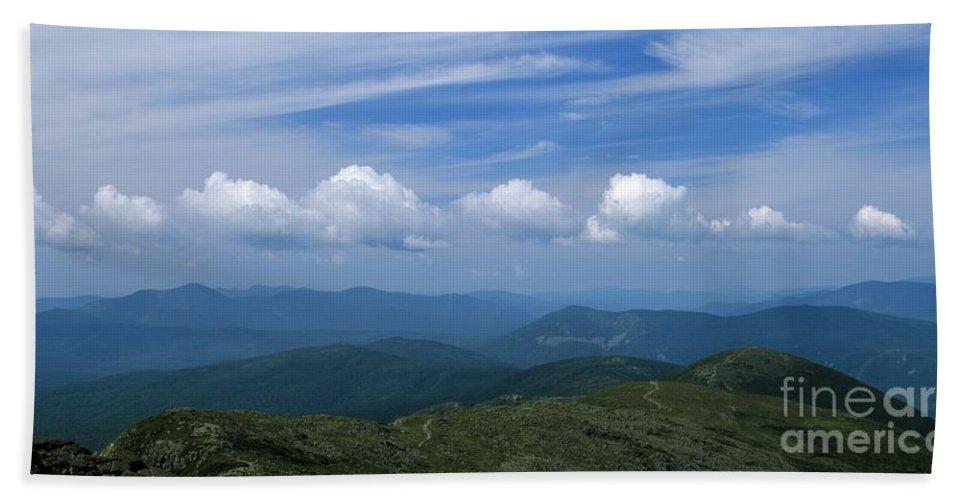 Appalachian Trail Beach Sheet featuring the photograph Appalachian Trail - White Mountains New Hampshire Usa by Erin Paul Donovan