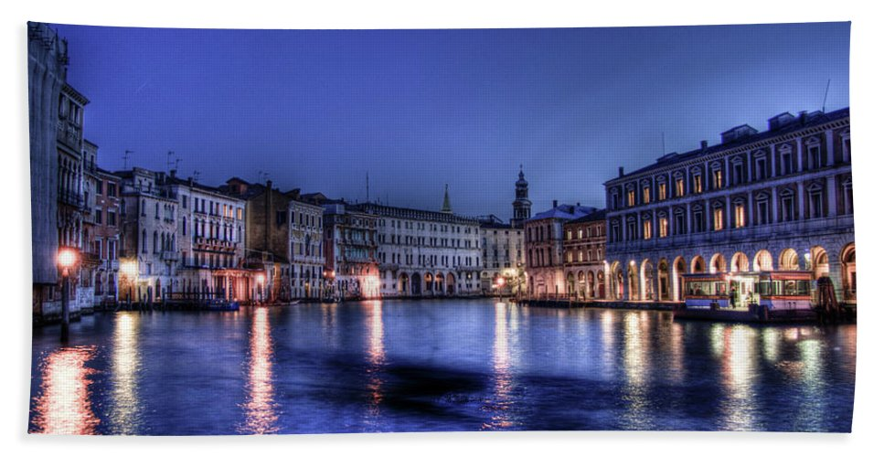 Venice Beach Towel featuring the photograph Venice By Night by Andrea Barbieri