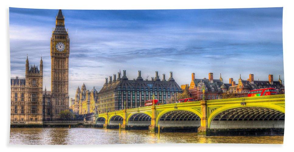 London Beach Towel featuring the photograph Westminster Bridge And Big Ben by David Pyatt