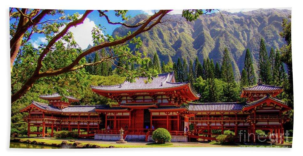 Buddhist Beach Sheet featuring the photograph Buddhist Temple - Oahu, Hawaii - by D Davila