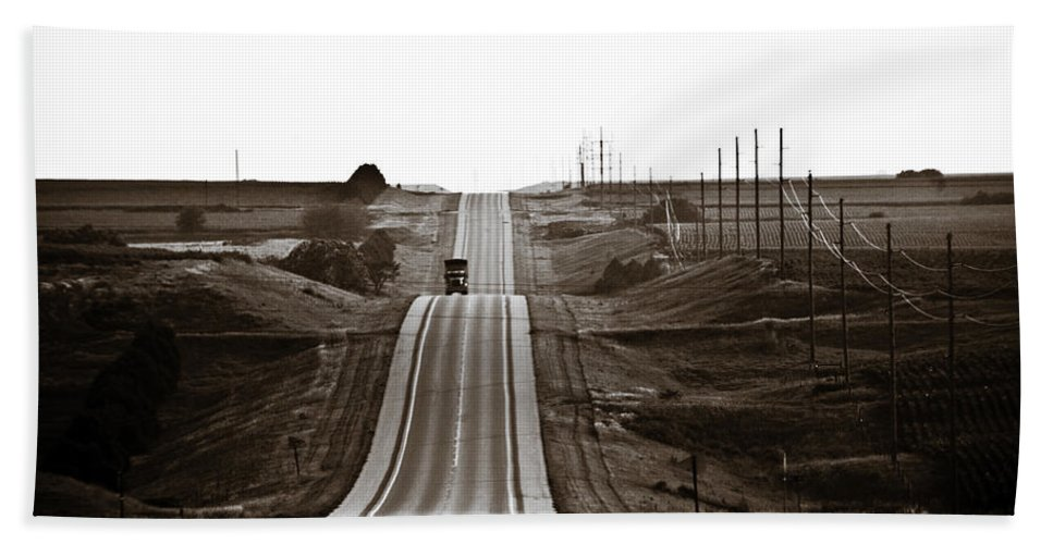 Nebraska Beach Towel featuring the photograph A Country Mile 1 by Marilyn Hunt
