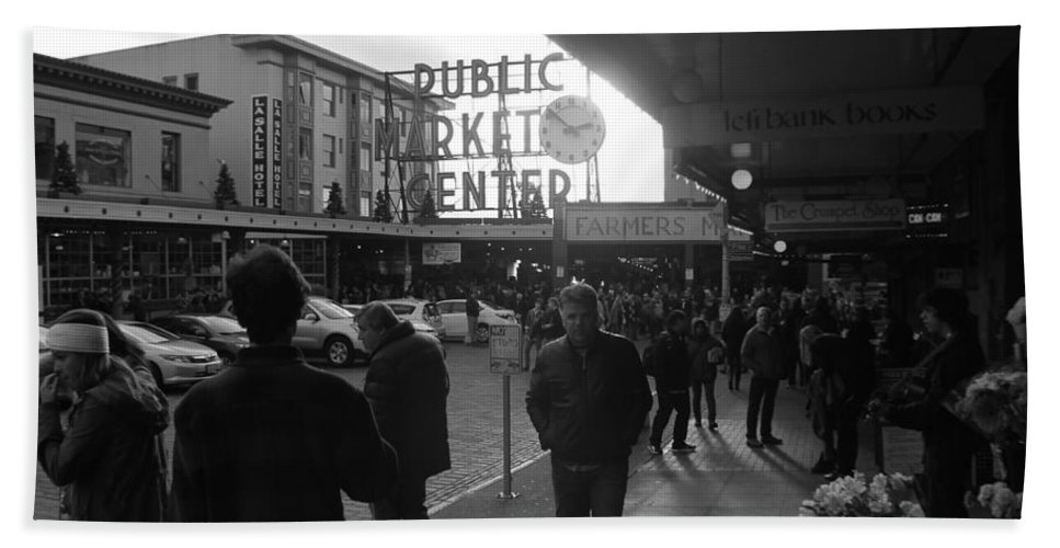 Pikesplacemarket Beach Towel featuring the photograph A Day In The Market by Jeremy Johnson