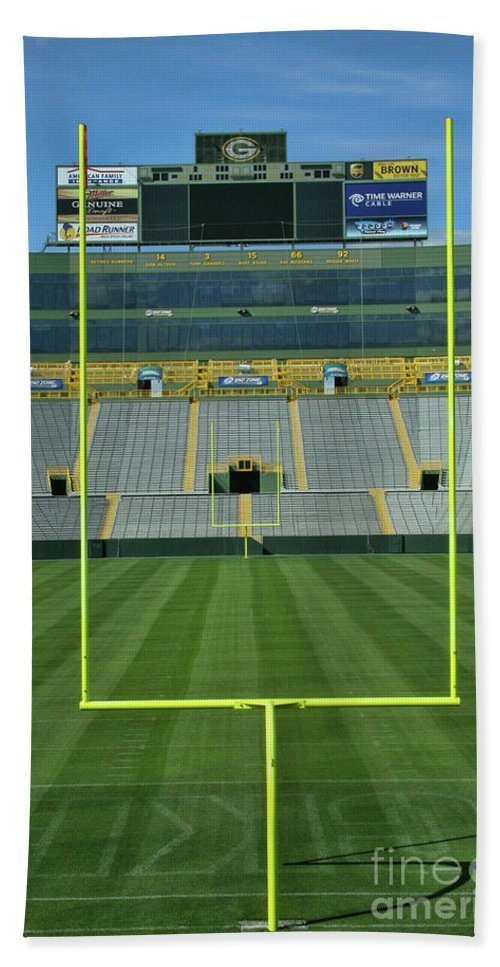Lambeau Field Beach Towel featuring the photograph A Field Of Honor by Tommy Anderson