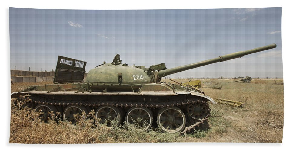 Turret Beach Towel featuring the photograph A Russian T-62 Main Battle Tank Rests by Terry Moore