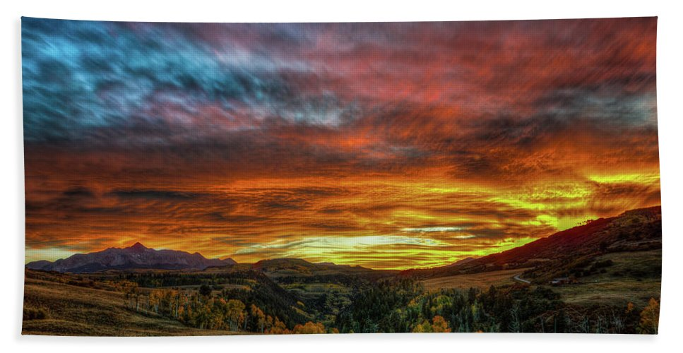 Sunset Beach Towel featuring the photograph A Sunset To Remember by Bill Sherrell