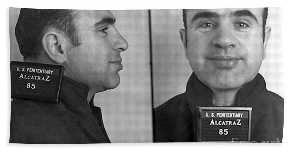did al capone go to alcatraz