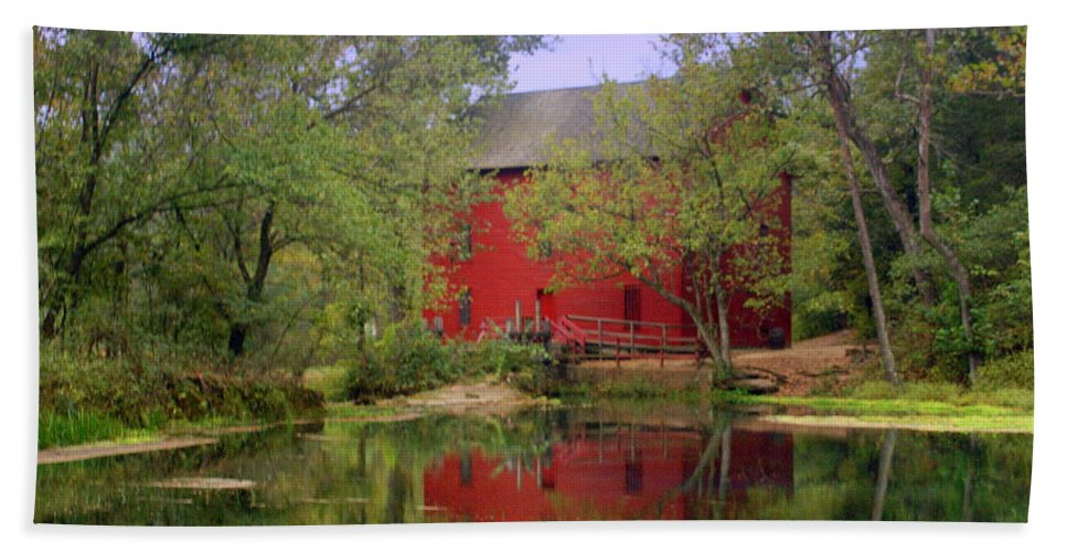Alley Spring Beach Towel featuring the photograph Allsy Sprng Mill 2 by Marty Koch