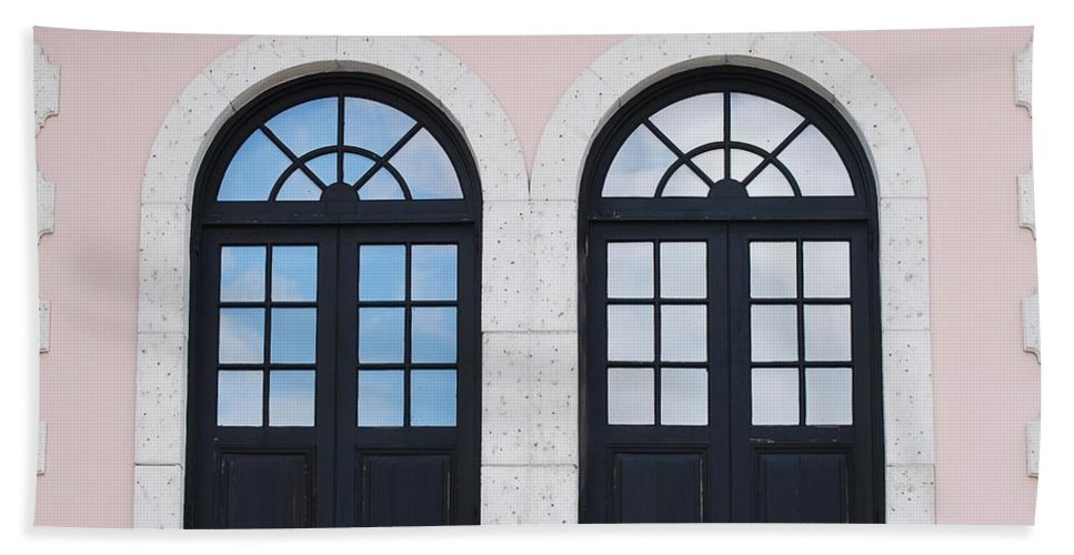 Windows Beach Towel featuring the photograph Arch Windows by Rob Hans