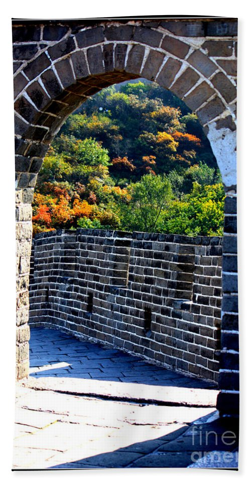 The Great Wall Of China Beach Towel featuring the photograph Archway To Great Wall by Carol Groenen
