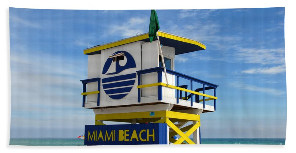 Miami Beach Beach Towel featuring the photograph Art Deco Lifeguard Stand by David Lee Thompson