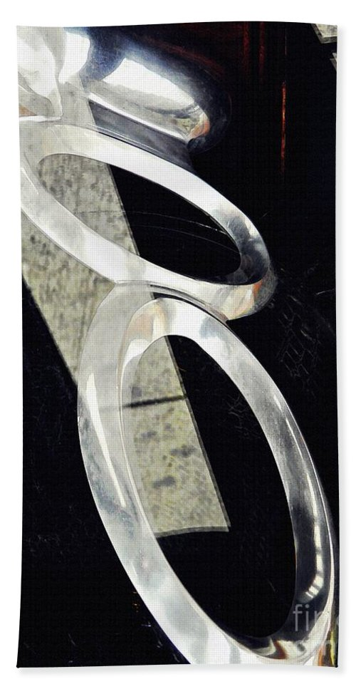 Ring Beach Towel featuring the photograph Ascending Rings by Sarah Loft