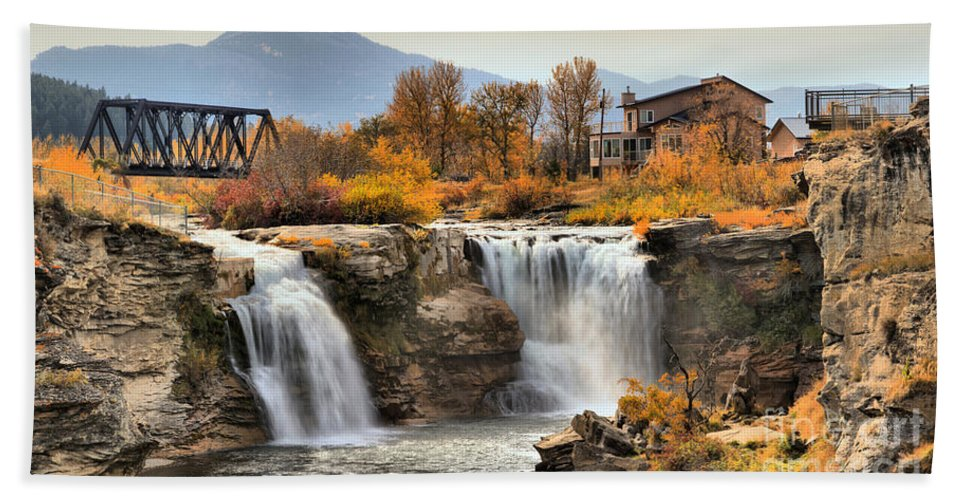 Lundbreck Falls Beach Towel featuring the photograph Autumn At Lundbreck Falls Provincial Park by Adam Jewell
