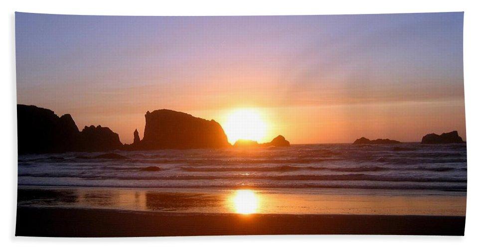 Bandon Beach Towel featuring the photograph Bandon 7 by Will Borden
