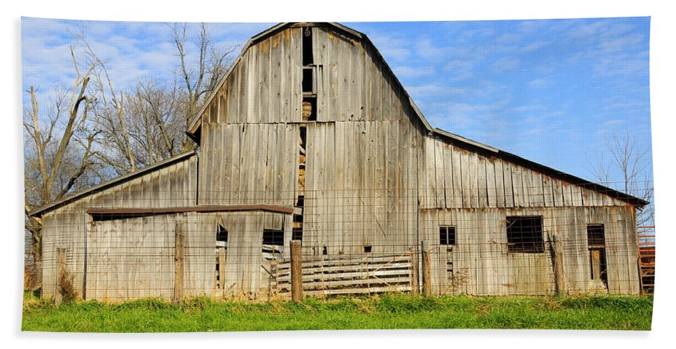 Barn Beach Towel featuring the photograph Barn 101 by David Arment