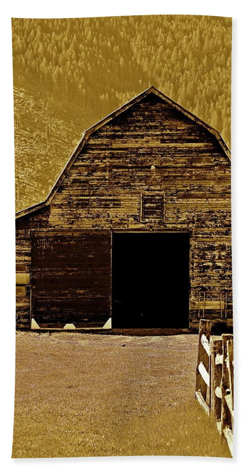 Barn Beach Towel featuring the photograph Barn In Sepia by Diana Hatcher