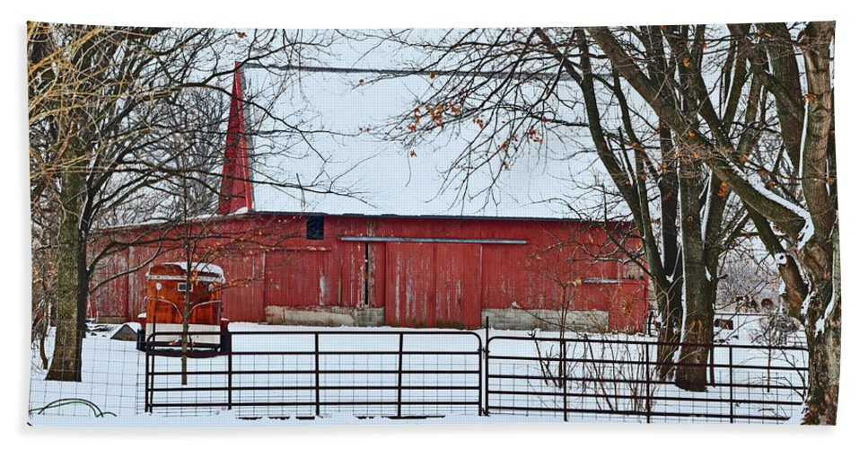 Snow Beach Towel featuring the photograph Barn In The Winter by Brittany Horton
