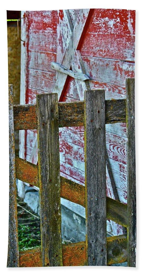 Barn Beach Towel featuring the photograph Barnyard Gate by Diana Hatcher